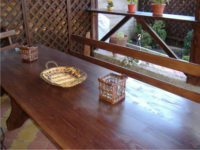 Case din lemn preturi altair brasov modele case din for Modele de garduri pentru case