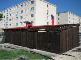 Mobilier urban - boxe exterioare din lemn culoare mahon 2