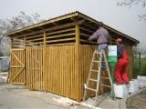 Mobilier urban - boxe exterioare din lemn culoare maro nuc