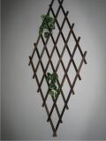 Produse din lemn pentru amenajari exterioare - grilaj decorativ romb